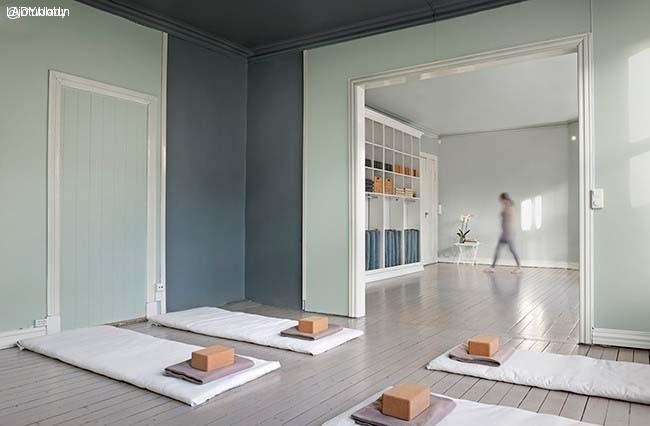 Jotun-Lady-Balance-Yogastudio04-Soft-Mint