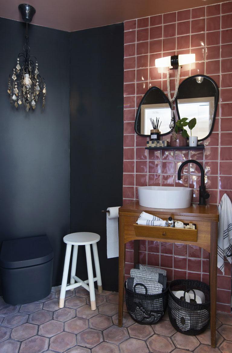 Rustik och urban stil i badrummet
