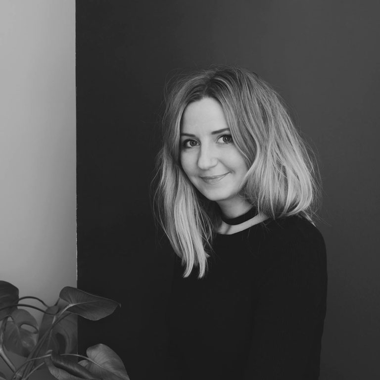 Nadia Norskott arbetar som fotograf