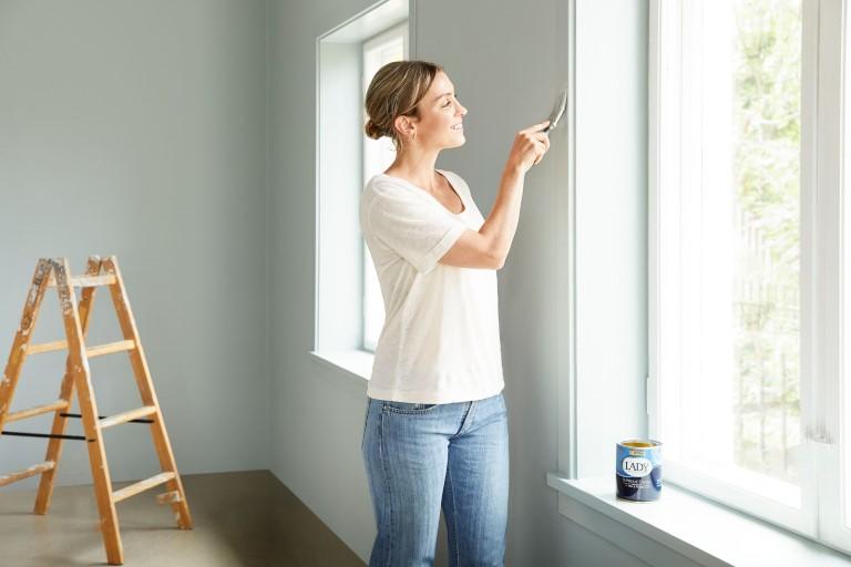 Så här hanterar du verktyg och färghinkar när målerijobbet är klart